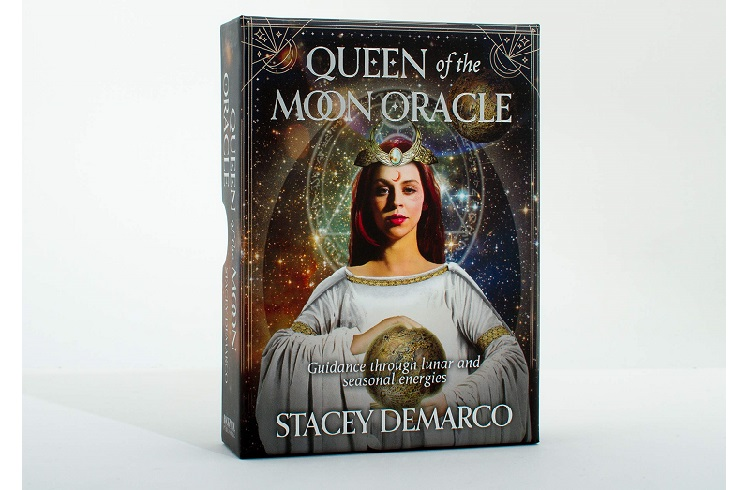 The Queen Of The Moon by Stacey Demarco Review