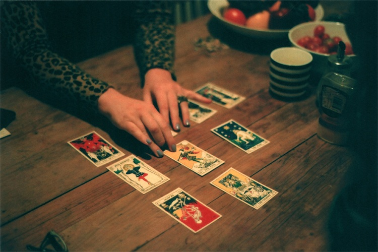 How Many Tarot Cards Do You Pull?