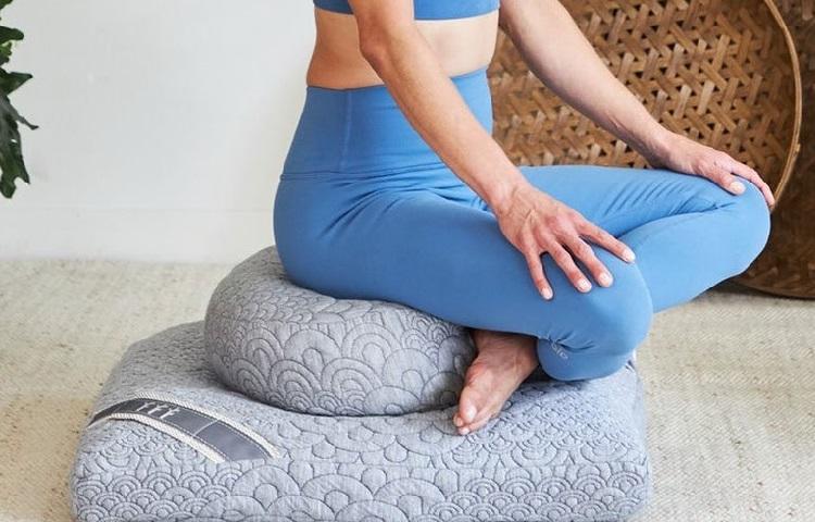 benefits of meditations pillow